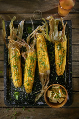 Grilled corn (Food photography / Food styling) Tags: foodphotography foodanddrink fotografiakulinarna stylista jedzenia kukurydza bbq grilled grill summer commercialphotography lublin lubelskie lunch butter delicious yummy yellow kromkastudio kitchen cooking drink garden