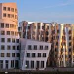 Gehry buildings at Medienhafen thumbnail