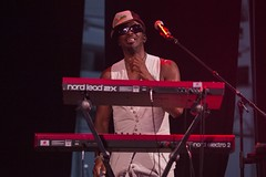 "Amp Fiddler x Tony Allen - Sonar 2018 - Sabado - 2 - M63C5612-2 • <a style=""font-size:0.8em;"" href=""http://www.flickr.com/photos/10290099@N07/41958536985/"" target=""_blank"">View on Flickr</a>"