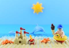 🍦Summer is here☀️ (Alex THELEGOFAN) Tags: lego legography minifigure minifigures minifig minifigurine sand castle sandcastle sea beach summer fun kid sky blue tan vacation