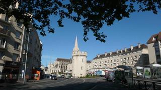 Une promenade dans le Calvados - Caen - L'église Saint Pierre et la Tour Leroy