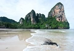 Railay Beach, Thailand (Kirk Stauffer) Tags: kirk stauffer photographer nikon d4 adorable amazing awesome beautiful charming fabulous pretty stunning wonderful outdoors outside water tropical rain monsoon nature beach sand limestone