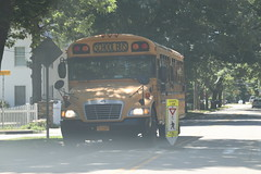 Lakeland CSD #537 (ThoseGuys119) Tags: lakelandcsd schoolbus shruboakny thomasbuilt bluebird