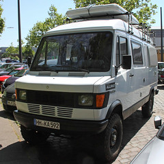 Bremer Transporter Allrad (Schwanzus_Longus) Tags: hamburg german germany old classic vintage car vehicle van bus camper mercedes benz 308d t1 bremer transporter iglhaut allrad 4x4 awd 4wd