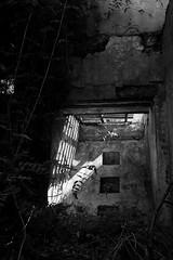En el Sótano (luenreta) Tags: 7dwf crazytuesdaytheme decayorabandoned