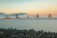 Puerto de La Luz, Las Palmas de Gran Canaria. (manuel.guerra) Tags: largaexposición atardecer mar avenidamaritima laspalmasdegrancanaria canarias españa es