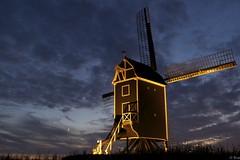 Molen De Hoed (Omroep Zeeland) Tags: molen de hoed waarde maan maanlicht maansikkel sikkel na zonsondergang sunset moon moonlight mill