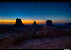 pre-sunrise at Monument Valley (episa) Tags: july42018 sunrise zeissloxia21mmf28 monumentvalley sonya7rii