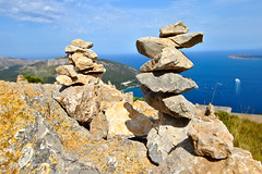 "Stones with ""a"" view (Fabrice H. - Photography) Tags: perfection eu landschap spanje espana spain landscape superbe super tour toren torre awesome explore talaia albertcutx watchtower watchingtower stones sky skypic blue tower uitkijktoren nature sea mallorca 2018 pollença attraction monument old formentor amazing uitzicht island balearics baleares islas grass rocks outview view boat ocean water wildlife natural mountain"