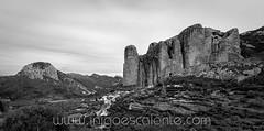 Los Mallos de Riglos - Huesca (Iñigo Escalante) Tags: mallos riglos sendero huesca españa peñas hoya senderismo vistas miradores panoramica ruta ayerbe mallo sierra escalada