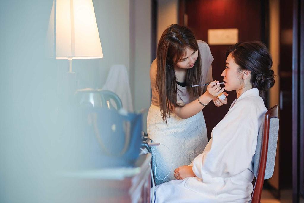 新娘化妝過程