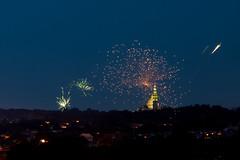 Basilica Fireworks (ep_jhu) Tags: neighborhood night fireworks 4thofjuly washington 7d dark basilicaofthenationalshrineoftheimmaculateconception 4th cua canon dc basilica fuegosartificiales