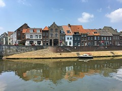 historical houses on the river Maas (Meuse) (Sylvia Okkerse) Tags: eu roermond limburg river maas meuse houses bridge