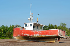 DSC00656 - Miss Ruby II (archer10 (Dennis) 141M Views) Tags: sony a6300 ilce6300 18200mm 1650mm mirrorless free freepicture archer10 dennis jarvis dennisgjarvis dennisjarvis iamcanadian novascotia canada glooscaptrail fundy parrsboro harbour missrubyii fishing boat mermaid red beach