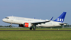 SE-ROB 2018-05-15 AMS (Gert-Jan Vis) Tags: serob airbus a320 a320neo sas schiphol polderbaan 7676