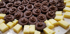 You're surrounded. (Let Ideas Compete) Tags: sweet sweets brownie brownies lemon lemonbars dessert desserts