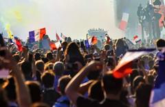 Equipe de France - Champion du Monde 2018, défilé sur les Champs Elysées (FredM.) Tags: nikon d750 football soccer coupedumonde worldcup2018 worldcup equipedefrance champion paris champselysées défilé