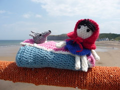 Saltburn pier is Yarn Bombed again (Martellotower) Tags: fairy tales little red riding hood wolf saltburn yarm bombers books