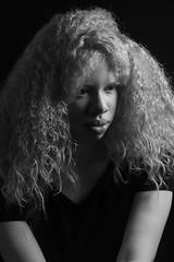Agatha Santos (ester_marak) Tags: albina albinos retrato riodejaneiro retratofeminino estermarakfotografia estermarakphotography estermarak ensaio blackandwhite bw brancoepreto brasil beleza pretoebranco portrait photography pb