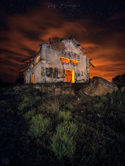 Tempus Fugit (rafaberlanga) Tags: laowa olympus night dark spooky dusk outdoors house sky nature sunset horror old architecture landscape builtstructure abandoned buildingexterior nopeople cloudsky village ruralscene