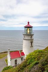 Heceta Head Light (Chuck - PhotosbyMCH.com) Tags: photosbymch landscape seascape lighthouse pacificocean fresnellens oregoncoast oregon usa 2018 canon 5dmkiv clouds waves travel spring outdoors hecetaheadlight