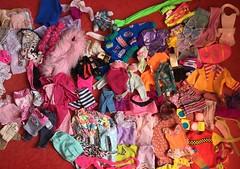 Flea Market Finds : 07-01-2018 (Part 2) (MyMonsterHighWorld) Tags: barbie doll mattel bratz skipper ken stacie kelly 90s 80s 2000s fashions