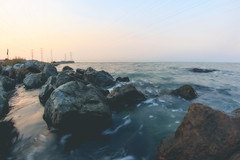 Bayside (jayoaK) Tags: canon 70d rokinon 8mm fisheye landscape wide wideangle rocks water longexposure horizon sky