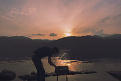 (Laura Marchini) Tags: chill outdoors summer summervibes sky sunset sunsetlovers grill lake varese mountain landscape landscapephotography land nikon nikonitalia nikond750 soft vision