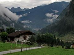 la valle (ma.ri_na) Tags: valledelvanoi caoria trentino nuvole lagorai