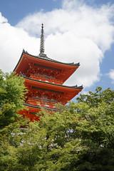 Kiyomizu-dera (ah.b|ack) Tags: sony a7ii a7mk2 zeiss c t sonnar 50mm f15 zm kiyomizudera pagoda kyoto japan architecture