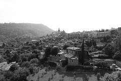 Valldemossa (D | S) Tags: mallorca valldemossa spain europe travelling travel blackandwhite blackwhite bw monochrome sony rx100 mountain mountains