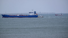 Pilot transfer on the river Ems (Manfred_H.) Tags: vehicles fahrzeuge ships schiffe lotsen pilots ems islands borkum rottumeroog