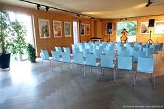 Lukas Lauermann: cello - Soundcheck (jazzfoto.at) Tags: sony sonyrx100m3 rx100m3 rx100miii sonyrx100iii sonydscrx100iii dscrx100iii musiker musik music bühne concerto concierto конце́рт wwwjazzfotoat jazzfoto jazzphoto markuslackinger jazz jazzlive livejazz konzertfoto concertphoto liveinconcert stagephoto blitzlos ohneblitz noflash withoutflash lauermann lukaslauermann thalgau kulturkraftwerkthalgau kulturkraftwerk cello cellokonzert celloconcert cellosolo oh456 salzburg