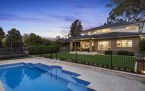 18 Sunnymeade Cl, Asquith NSW 2077