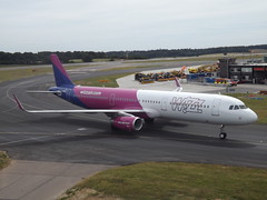 G-WUKC Airbus A321-231(WL) Wizz Air UK Ltd (Aircaft @ Gloucestershire Airport By James) Tags: luton airport gwukc airbus a321231wl wizz air uk ltd eggw james lloyds