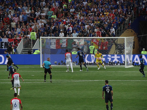 Hugo Lloris gathers the ball after a Croatia attack