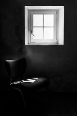 La Chaise (Fabrice Denis Photography) Tags: nouvelleaquitaine france noiretblanc bwphotography charentemaritime fujifilmacros100 blackandwhitephotos lesboucholeurs blackandwhitephotographer blackandwhite blackandwhitephotography monochromephotography argentique maisondeléclusier monochrome yves fr