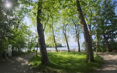 waiting lounge (koaxial) Tags: p6019881ap6019884p1ma koaxial pano hugin view roseninsel starnberger see lake ferry haven trees bäume shadow schatten place platz