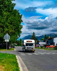 Little Local Route Going Thru Anchorage Streets (AvgeekJoe) Tags: alaska anchorage anchoragepeoplemover d5300 dslr nikon nikond5300 peoplemover usa bus masstransit masstransportation publictransit publictransportation transit