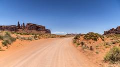 Monument Valley (elparison) Tags: monumentvalley utah desert orange sand stone