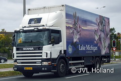 Scania P94D 260 (1998)  NL  QuaLily  'Lake Michigan'  180518-020-C6 ©JVL.Holland (JVL.Holland John & Vera) Tags: scanianlp94d2601998 qualily lake michigan westland transport truck lkw lorry vrachtwagen vervoer netherlands nederland holland europe canon jvlholland