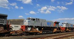 VL! 6024 (GLC 392) Tags: bb409wm vli vl ge d940bbw pitcairn pa pennsylvania 6024 railroad railway train export flat car 6023 vale wilmerding