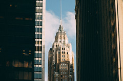 NY (Alberto Sen (www.albertosen.es)) Tags: nyc ny new york newyork newyorkcity nuevayork albertosen alberto sen arquitectura architecture building edificio rascacielos skyscrapper manhattan streetphotography street calle light freelance