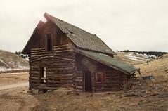 Fixer Upper (twm1340) Tags: co colorado film 35mm log cabin barn house