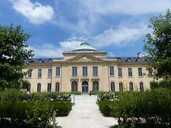 Quel est ce lieu? L'ancien hôpital royal de Versailles (Marie-Hélène Cingal) Tags: france versailles yvelines 78 îledefrance