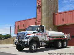 Yakima County Fire District 5 Tender 807 (Michael Cereghino (Avsfan118)) Tags: yakima county fire district 807 tanker tender water interantional workstar ih truck engine apparatus brush 5 offroad off road