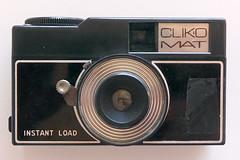 CLIK.OMAT (pho-Tony) Tags: 126 photosofcameras clickomat clik omat clikomat instamatic plastic instantload 28mm 28mmx28mm square film analog analogue obsolete