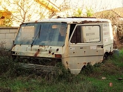 Volkswagen LT 28 D (Alessio3373) Tags: van oldvan abandonedvan furgone abandoned abandonedcars abandonment autoabbandonate unused unloved neglected forgotten forgottencars scrap scrapped junk junkcars rust rusty rusted rustycars corroded corrosion ruggine volkswagen volkswagenlt volkswagenlt28d