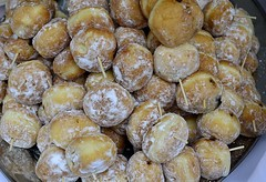 Donut Kabobs (pjpink) Tags: broadappetit foodfestival festival broadst downtown food rva richmond virginia june 2018 summer pjpink 2catswithcameras