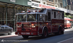 FDNY Field Communications truck (nyfrp) Tags: new york state nys city nyc manhattan downtown midtown flatiron district building nypd fdny mount sinai nysp police car vehicle policecar pd communincations truck ambulance charger fpis ford chevy explorer taurus esu emergency services